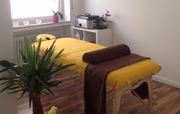Happy ending massage Bergisch Gladbach,